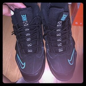 Nike Griffey Men II Sneakers